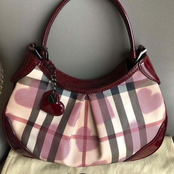 Burberry Handbags - Burberry nova check patent leather heart hobo bfc2a91766120